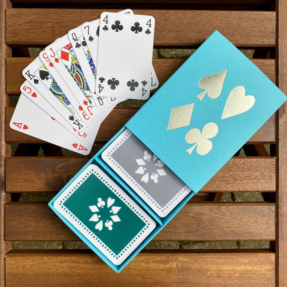 Turquoise box with green/grey cards